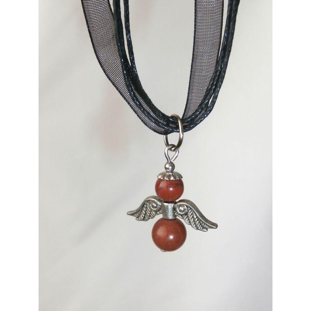 Vörös jáspis angyal medál