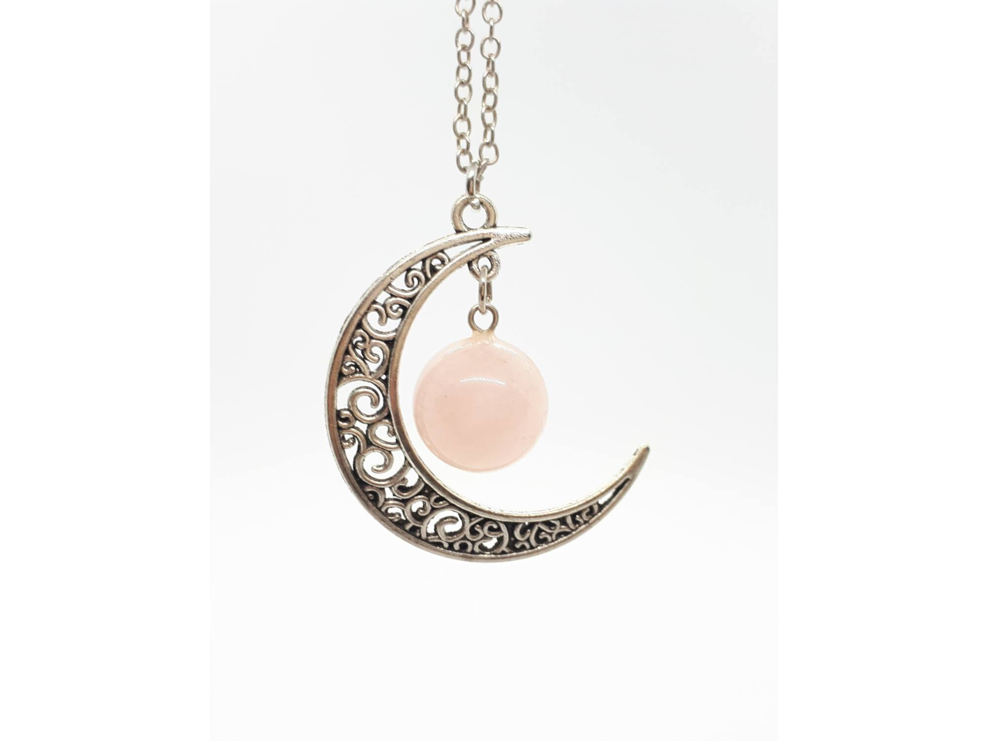 Holdas rózsakvarc medál